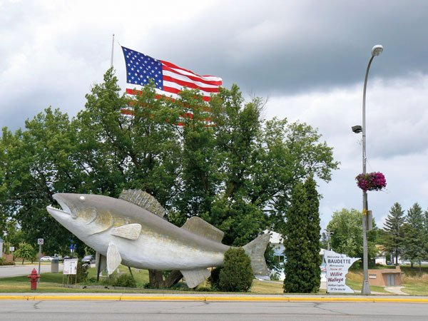 Photo of Wille The Walleye, Baudette MN