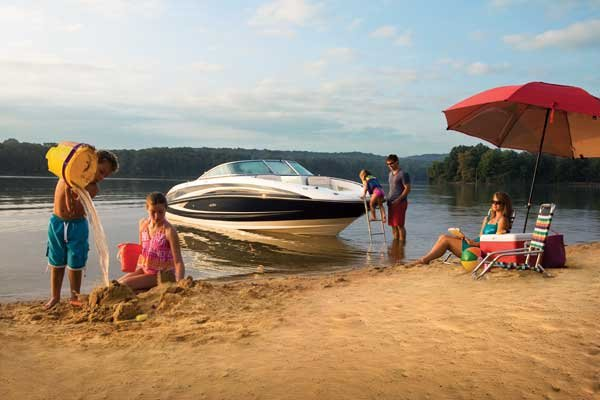 How To Beach Your Boat And Leave Again - Trailering - BoatUS Magazine