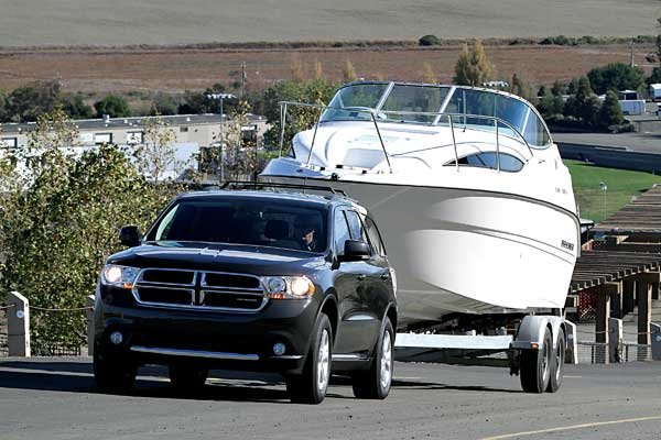 Photo of a Dodge Durango truck towing a boat