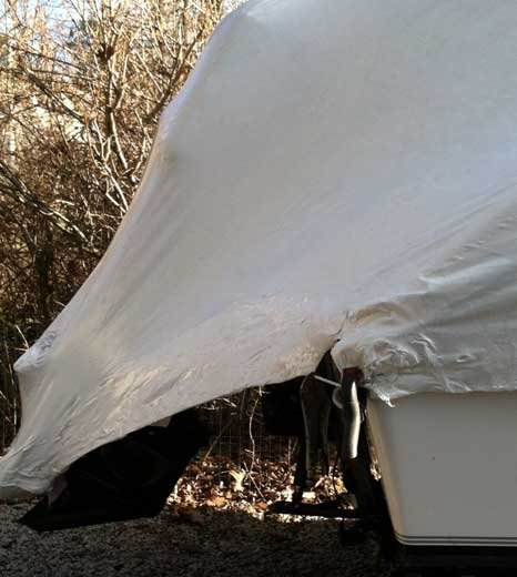 Photo of an outboard shrinkwrap