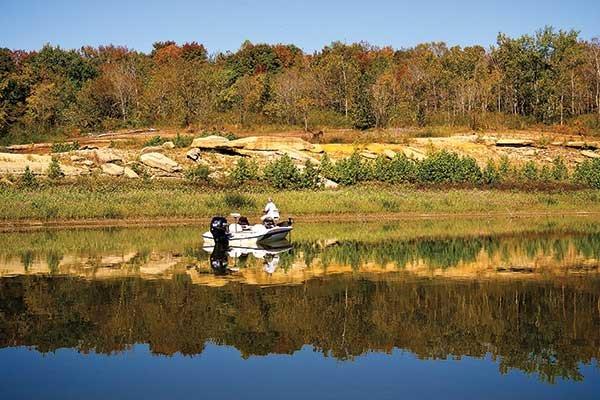 Lake cumberland trailering boatus magazine for Lake cumberland fishing
