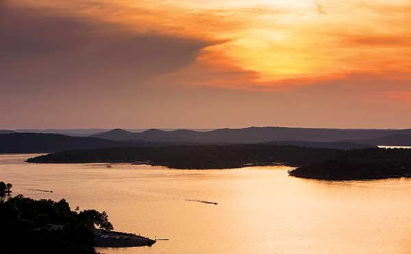 Table Rock Lake Trailering BoatUS Magazine - Best place to stay on table rock lake missouri
