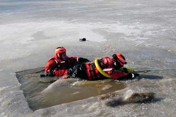 Photo of an ice rescue