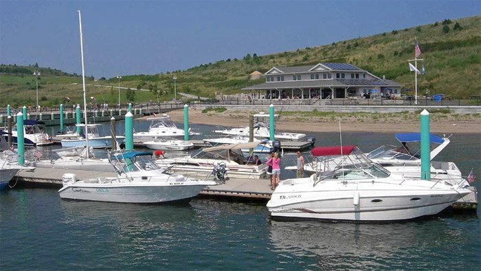 Photo of the marina at Spectacle Island
