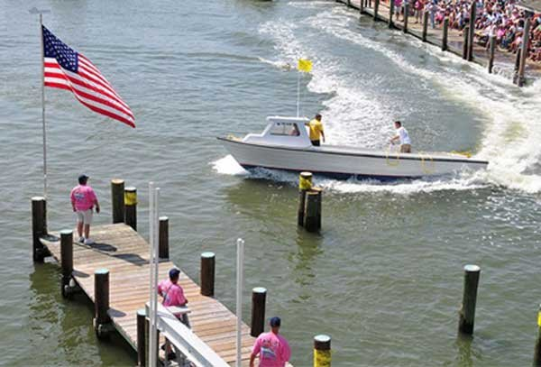 Photo of a docking contest in Deal, Maryland