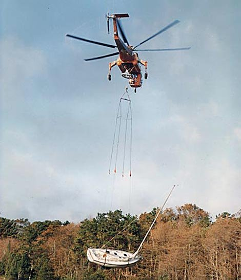 Helicopter used for boat salvage