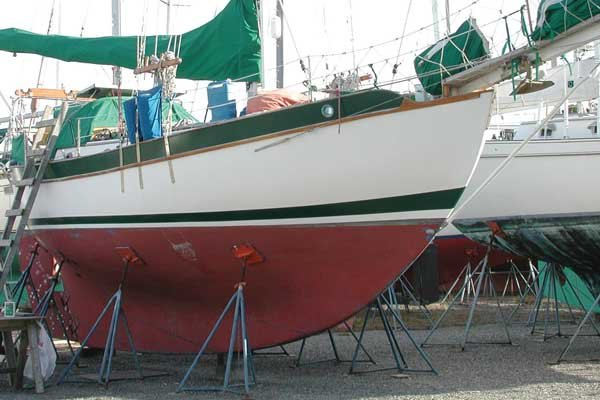 Photo of sailboat stored on jackstand