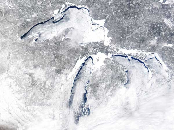 Photo of aerial view of the Great Lakes frozen