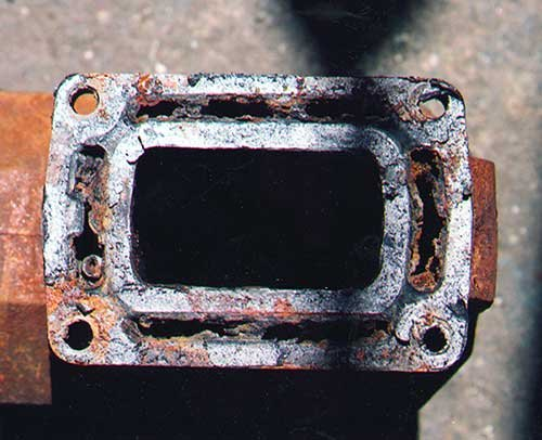 Photo of a rusty exhaust manifold