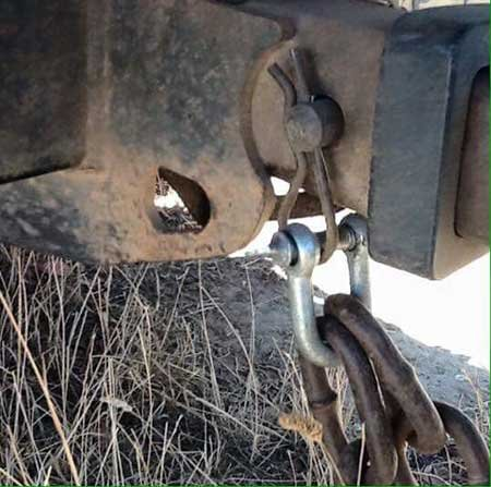 How not to attach a tow chain