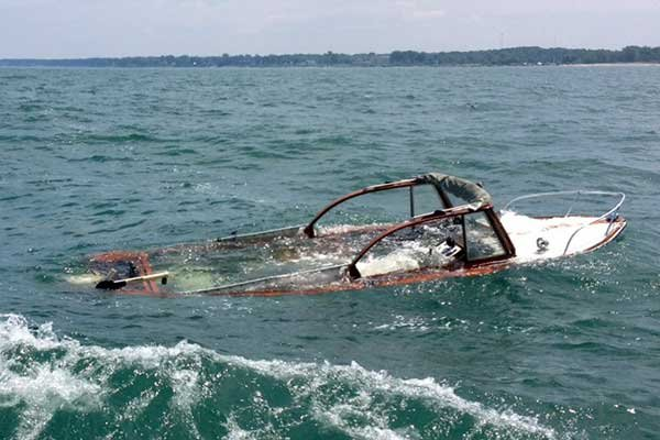 Avoiding Capsizing And Swamping Seaworthy Magazine Boatus