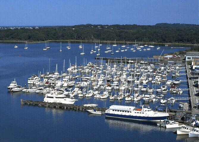 Boatus cooperating marina hingham shipyard marina for Hingham shipyard